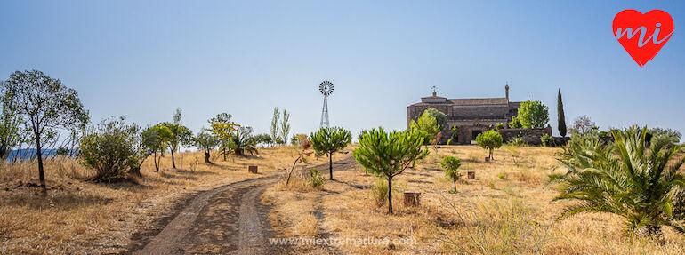 Tesoros ocultos de la Baja Extremadura  Ermita de San Benito  Montemoln